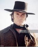 Sombrero pálido del jinete de Clint Eastwood