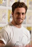 Aaron TaylorJohnson con los Vengadores en ComicCon...
