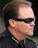 Sheriff Adam Christianson para instarle a votar po...