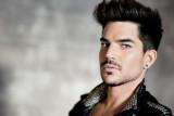 Adam Lambert firma acuerdo con Warner Bros Records
