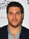 Adam Pally Actor Adam Pally asiste al Paley Center...