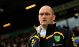 Alex Neil despedido por Norwich Club anuncia nueva...