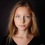 Headshot de niño modelo alexandra lenarchyk por da...