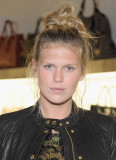 Alexandra Richards Alexandra Richards asiste a la...