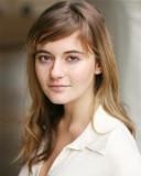 Y Harrodian Alice Felgate de 18 años que starred e...