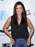 Allison Baver Luc Robitaille Celebridad Shootout 2...