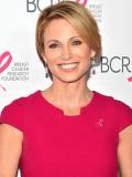Amy Robach en la lucha contra el cáncer un año des...