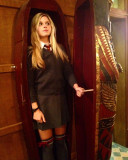 22 Fotos de la actriz inglesa Ana MulvoyTen Peanut...