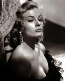 Anita Ekberg, el legendario símbolo sexual de los...