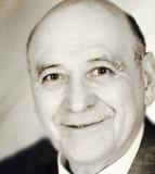 NILES Vincent Anthony DeMatteis 86 fue a casa del...