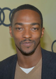 Anthony Mackie Actor Anthony Mackie asiste a la Ki...