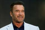 Arnold Schwarzenegger celebra el 19 cumpleaños de...