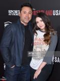 El boxeador Oscar De La Hoya y su hija Atiana De L...