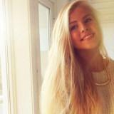 Aurora Mohn Stuedahl roramohn
