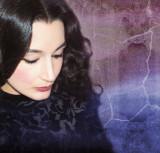 Adoro por su música y su espíritu creativo Aziza