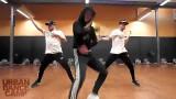 Contraer por Eminem Baiba Klints ft EZtwins Hip Ho...