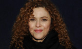 Bernadette Peters cantando Sondheim tiene que ser...
