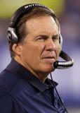 Bill Belichick El entrenador en jefe Bill Belichic...