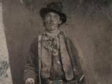 Nueva foto del legendario proscrito Billy the Kid...