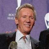 Obituarios de la muerte de la celebridad de Bobby...
