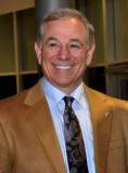 Bobby Valentine nombrado orador invitado en Fresno...