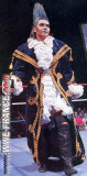 Bull Nakano Lucha Personas y Cosas