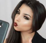 Vlogger de belleza Camila Bravo acciones de hack p...