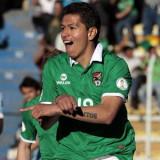 El delantero Carlos Saucedo anotó un hattrick mien...