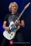 El guitarrista Rick Parfitt de Status Quo hospital...