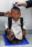 Chandra Bahadur Dangi El hombre más corto del mund...