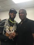 Charles Oakley asistirá al juego KnicksCavaliers