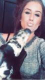 Chelsea DeBoer en Twitter Doggy smooches Phil