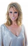 Cheryl Hines Entrevista Frenar su Estrella de Entu...