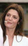 Chiara mastroianni cigarrillo