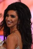 Chloe Khan desnuda casada realidad estrella se con...