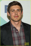 Chris Lowell Minka Kelly Partido casi unido por la...