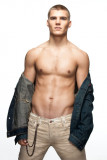 Chris Zylka Chris
