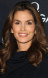 Cindy Crawford Unretouched en Leaked Marie Claire...