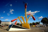 MATCHES MISTOS ESCULTURA CLAES OLDENBURG LA VALL