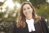 Claudia Karvan protagoniza la Ley de Newton