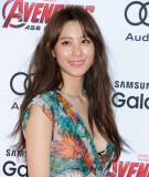 Claudia Kim Avengers Edad de Ultron Premiere