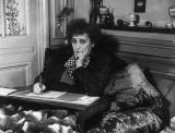 Colette Muses Es Mujer