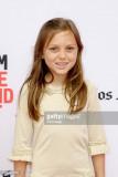 La actriz courtney fansler asiste al estreno de la...