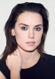 Daisy Ridley salario neto de la fama