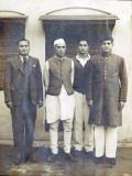 Jawaharlal Nehru y Khan Abdul Ghaffar Khan en 1947...