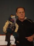 Muppeteer miércoles artículo fue escrito por tom s...