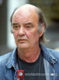 Dave Hill que interpreta a Bert Atkinson en el jab...