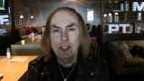Dave Hilla gran guitarrista del aeropuerto SladeHe...
