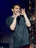 David Boyd El cantante David Boyd de New Politics...