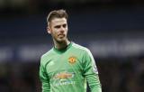 El portero del Manchester United, David De Gea, cr...